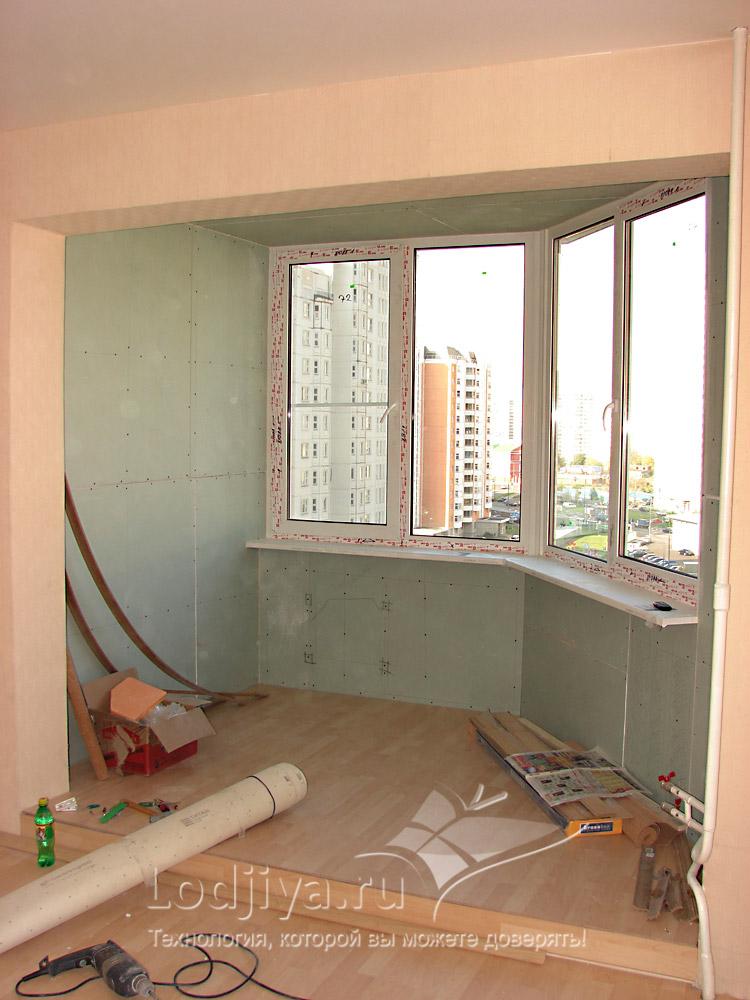 Встроенные полкина балконе в однакомнатной квартире п44т..